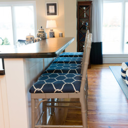 coastal haven design | coastalhavendesign.com | Kitchen bar stools