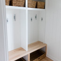 coastal haven design | coastalhavendesign.com | mud room storage