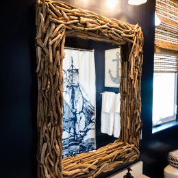 coastal haven design | coastalhavendesign.com | bathroom mirror