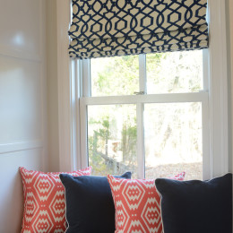 coastal haven design | coastalhavendesign.com | blue and coral window seat