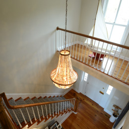 coastal haven design | coastalhavendesign.com | stairway and entry lighting