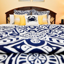 coastal haven design | coastalhavendesign.com | blue and yellow crab bedding