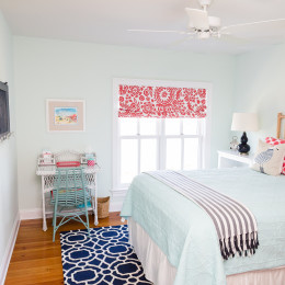 coastal haven design | coastalhavendesign.com | blue and coral bedroom
