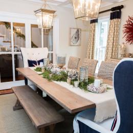 coastal haven design | coastalhavendesign.com | Dining room table and centerpieces