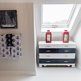 coastal haven design | coastalhavendesign.com | bathroom sky light and drawers