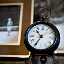 coastal haven design | coastalhavendesign.com | room styling details: clock