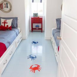 coastal haven design | coastalhavendesign.com | boy's room crab decor
