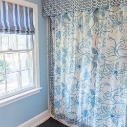 coastal haven design | coastalhavendesign.com | bathroom shower curtain