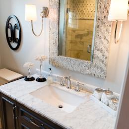 coastal haven design | coastalhavendesign.com | bathroom vanity and mirror