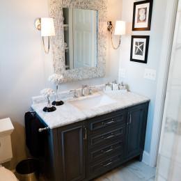 coastal haven design | coastalhavendesign.com | bathroom vanity zoom out